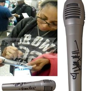 Holly Robinson Peete Signed Microphone Inscription